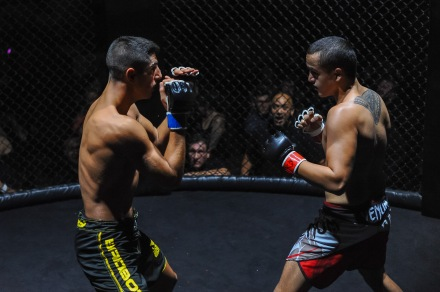 Connor doing battle with his opponent, Sebastion at Cage soldiers 3.